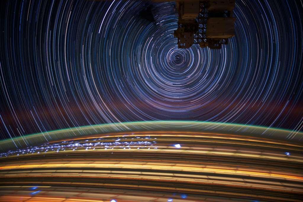 Étoiles en pause longue, 2012. © Nasa Earth Observatory