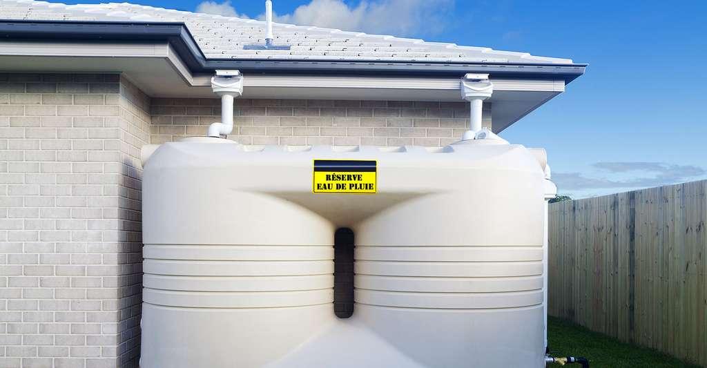 Quel est le principe de fonctionnement des récupérateurs d'eau de pluie ? Ici, un réservoir. © Zstock, Shutterstock