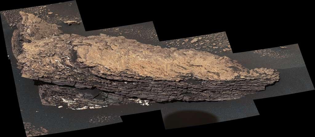 Le rocher « Strathdon » témoigne d'un passé plus mouvementé que les scientifiques ne le pensaient. Photo prise par Curiosity le 9 juillet 2019 (Sol 2.461). © Nasa, JPL-Caltech, MSSS