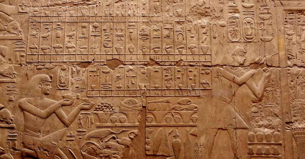 Bas-relief du temple de Louxor, en Égypte. © Olaf Tausch, CC by 3.0