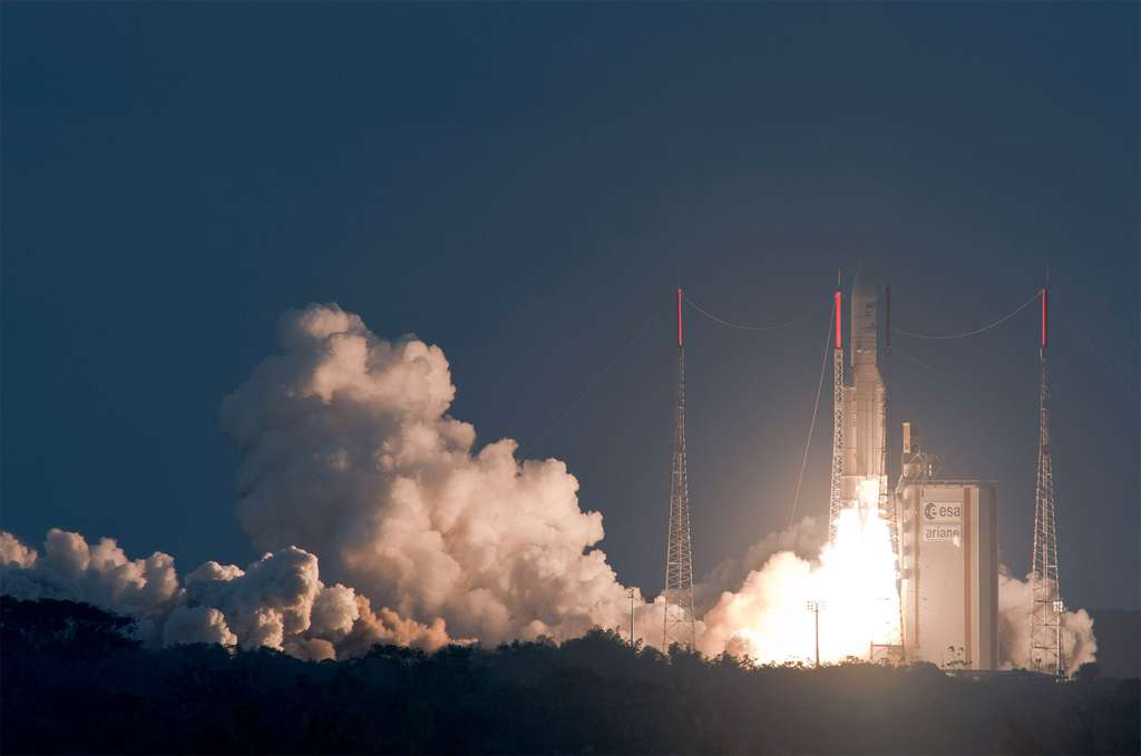 Décollage d'Ariane 5 V209. © Esa-Cnes-Arianespace/Optique vidéo du CSG-S. Martin
