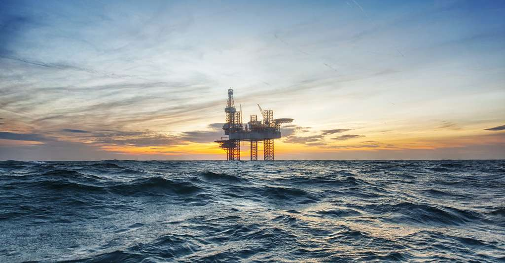 Alaska, Mexique, Chine, Bahreïn, d'importants gisements de pétrole continuent à être régulièrement découverts un peu partout dans le monde. © Lukasz Z, Fotolia