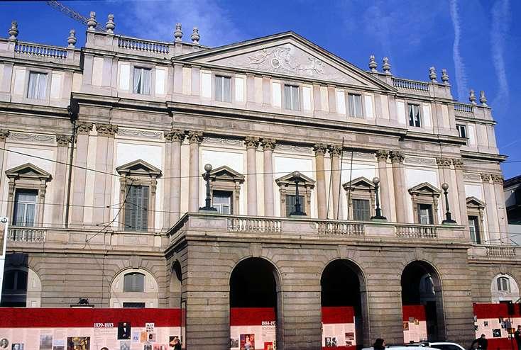 Non contente d'abriter la fine fleur des créateurs de mode, Milan célèbre l'opéra grâce à La Scala, une salle mythique de renommée mondiale. © Fototeca Enit