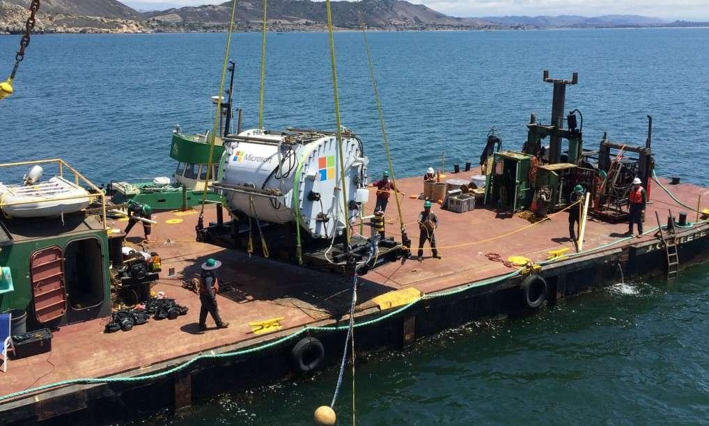 Le conteneur que Microsoft a immergé durant 105 jours à dix mètres de profondeur dans l'océan Pacifique au large de la Californie. Il a fonctionné sans encombre durant tout cette période. © Microsoft