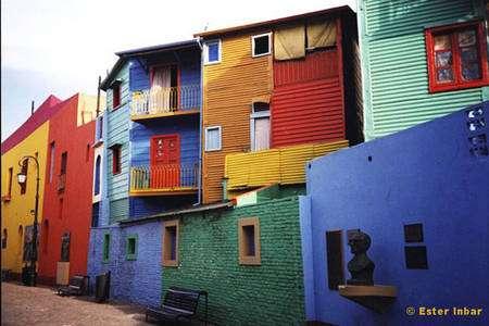 Quartier coloré de la Boca, à Buenos Aires, en Argentine. © DR