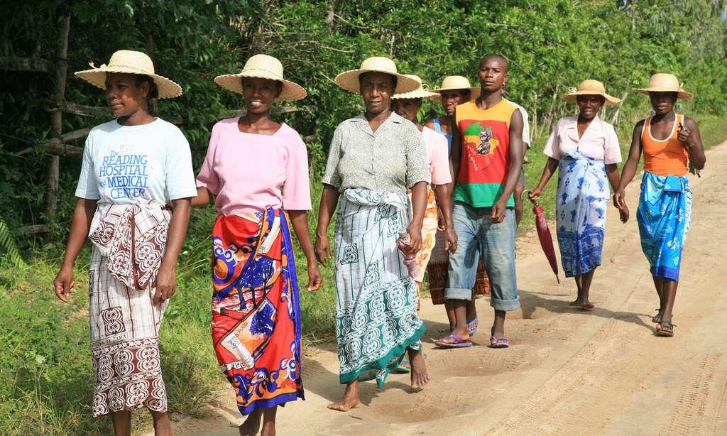 En route vers la cérémonie de famadihana à Madagascar