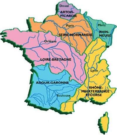 Les six grands bassins hydrographiques de la métropole. Le bilan hydrique national annuel est particulièrement bon, puisqu'il s'élève à 486 milliards de m3. © Centre d'analyse stratégique
