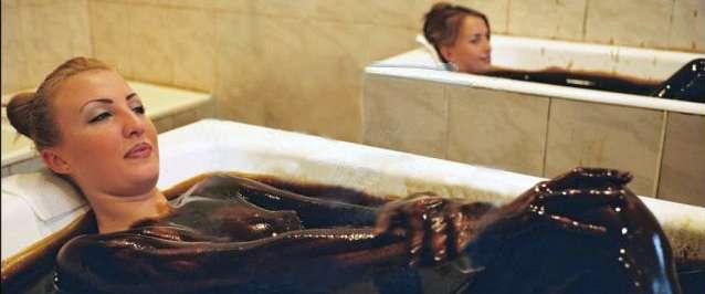 Les baignoires des dames. © Naftala.biz