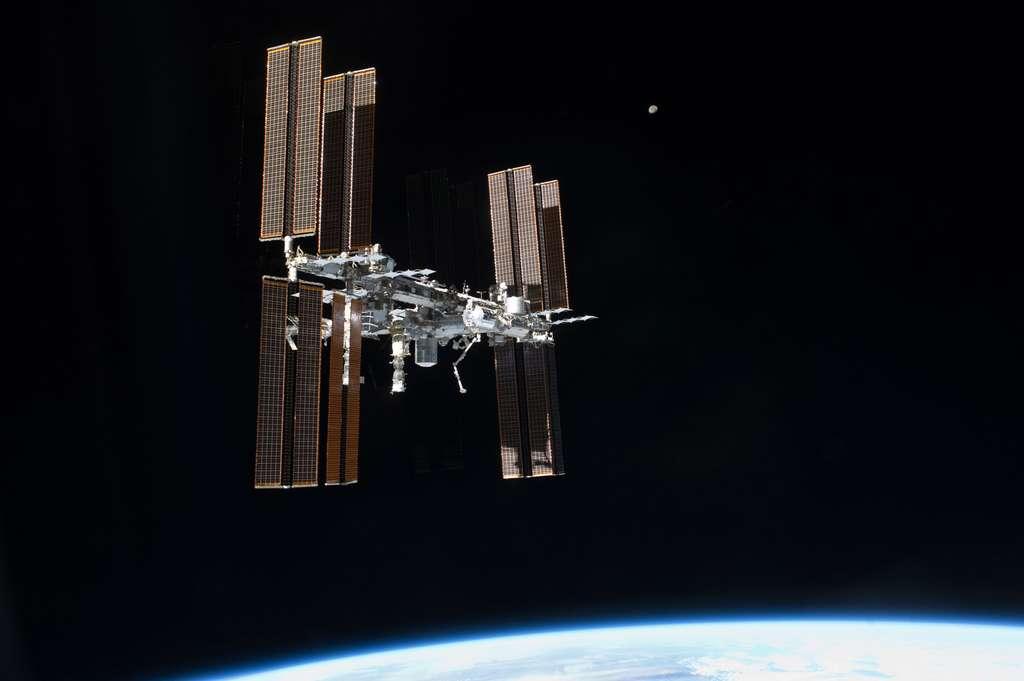 La Station spatiale vue par le dernier équipage d'une navette, en juillet 2011. © Nasa