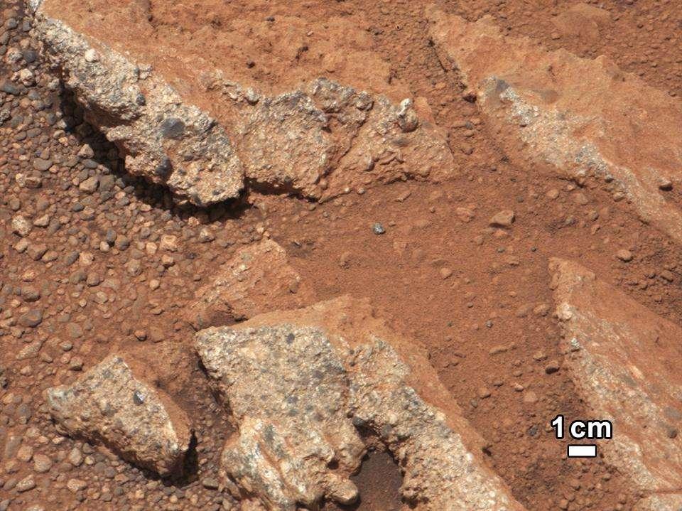 Traces sédimentaires d'une ancienne rivière martienne