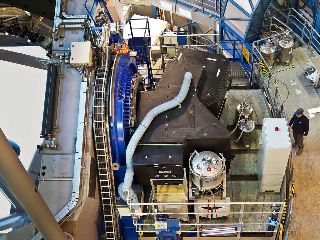 L'instrument Sphere installé sur le VLT