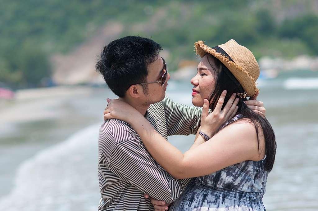 Les femmes d'origine asiatique ont moins souvent de jumeaux. Une question de gènes ? © Jatupong Arsaipanit, Shutterstock