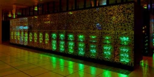 Le supercalculateur Curie a été installé au CEA dans son Très Grand Centre de calcul (TGCC) à Bruyères‐le‐Châtel, dans l'Essonne. © CEA/CADAM