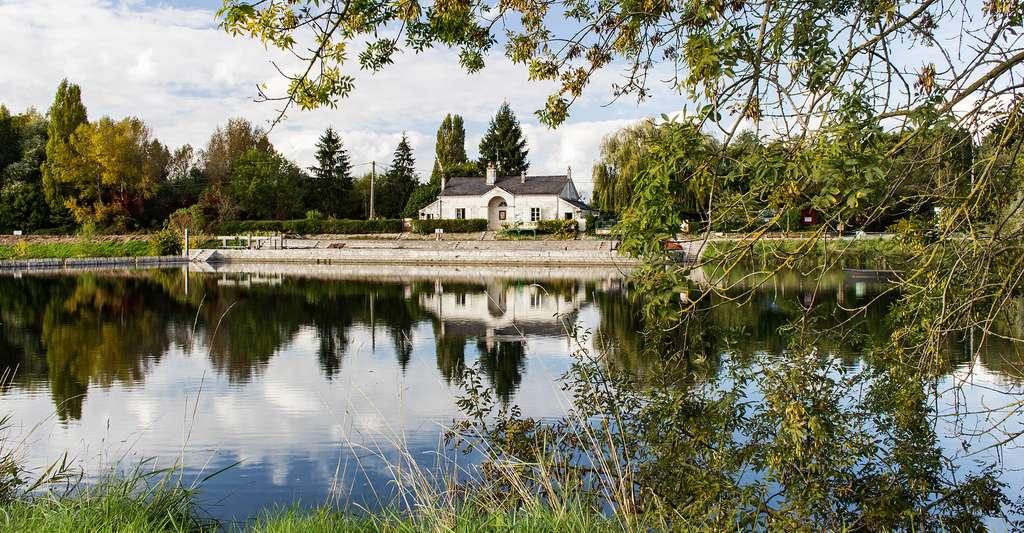Ecluse de Civray de Touraine sur la Loire. © Christian GRELARD, Flickr, CC by-nc 2.0