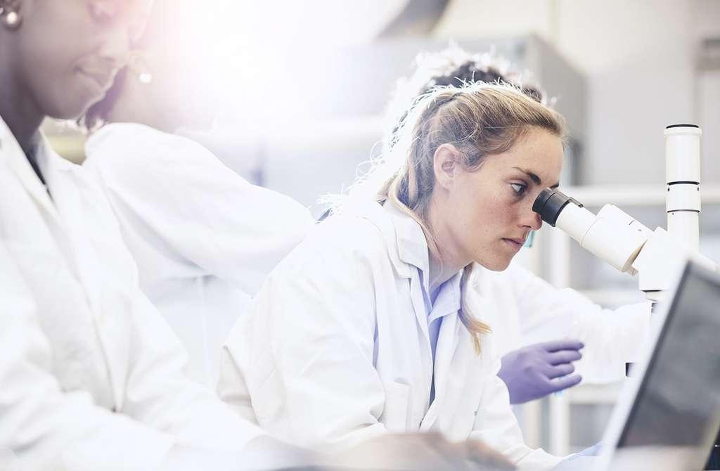 Speranza per i pazienti con forme gravi di Covid-19: I corticosteroidi confermano la loro efficacia nelle forme gravi di Covid-19 e diminuirebbero il rischio di mortalità nelle forme gravi della malattia. Sanjeri, Istock.com