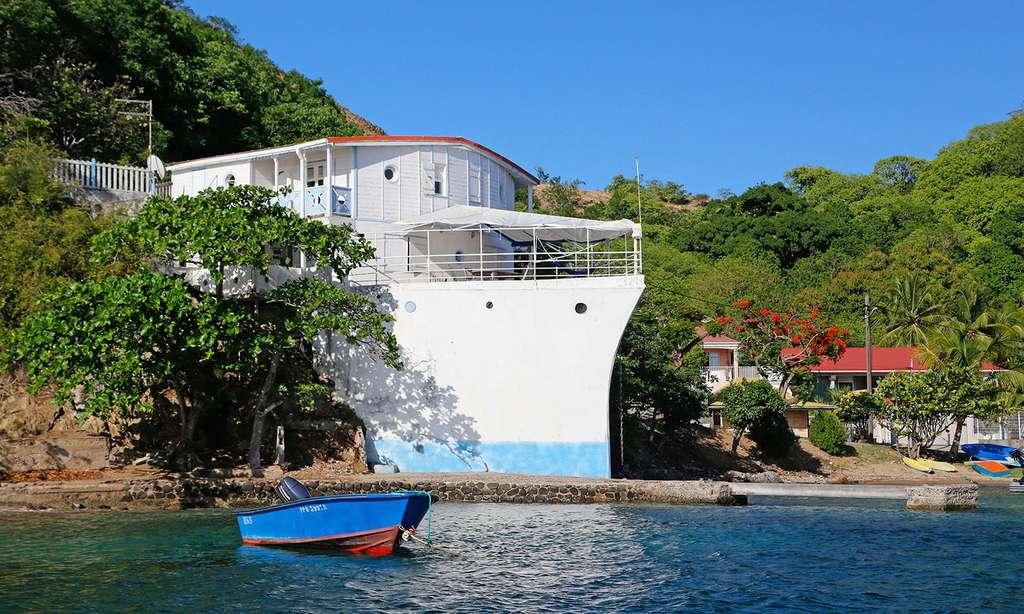 Cette maison qui ressemble à l'étrave d'un cargo a été construite en 1942 par un photographe guadeloupéen. © Antoine, tous droits réservés