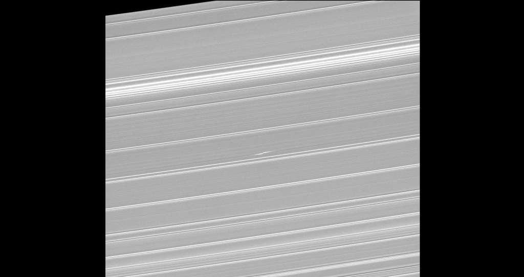 Dans les anneaux de Saturne, l'hélice Blériot