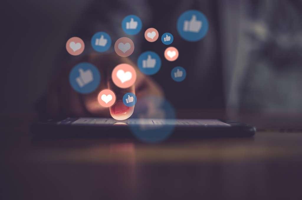 Le nombre de « like » n'a aucune valeur dans le crédit que l'on doit accorder à une information. © Urupong, Adobe Stock