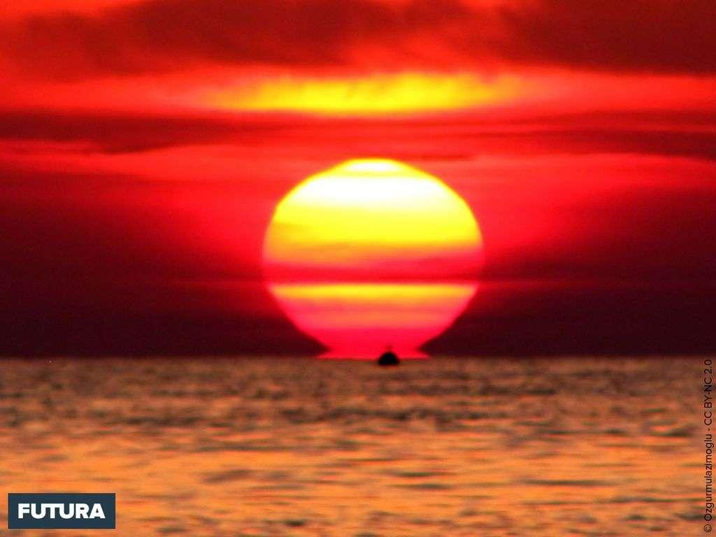 Fond D Ecran Coucher De Soleil Sur La Mer
