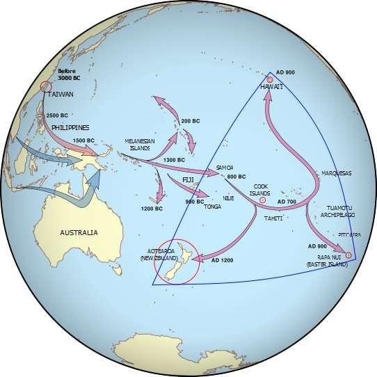 Voies de migration suivies par les Hommes ayant conquis les îles du Pacifique. Les âges donnés sont issus d'une autre publication, ce qui explique les petites différences observées par rapport aux données présentées dans l'article. © David Hall, Wikimedia Commons, cc by 3.0