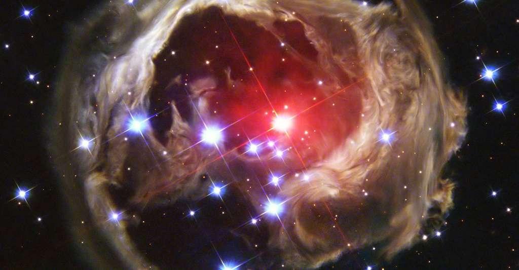 Échos lumineux de V838 Mon. © Nasa, ESA, DP