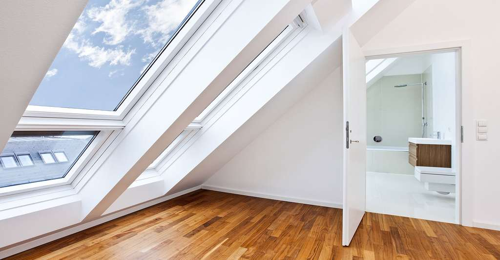 Domotisation des volets de toits. © Creativemarc - Shutterstock
