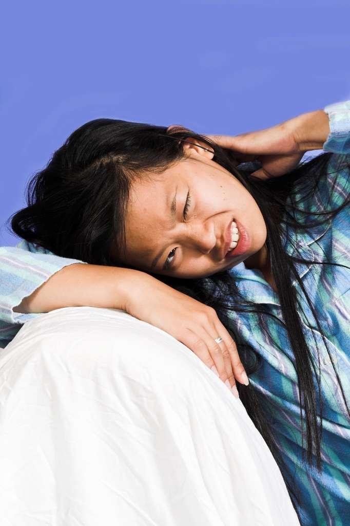 Si le sexe peut atténuer le mal de tête, il peut aussi, dans certains cas, le renforcer voire l'induire. Il existe en effet des céphalées dites orgasmiques, qui seraient dues à des spasmes d'artères situées dans le cerveau. © Fregolstein, StockFreeImages.com