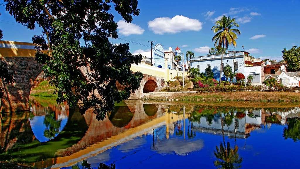 Le joli pont de Sancti Spiritus. © Antoine, DR