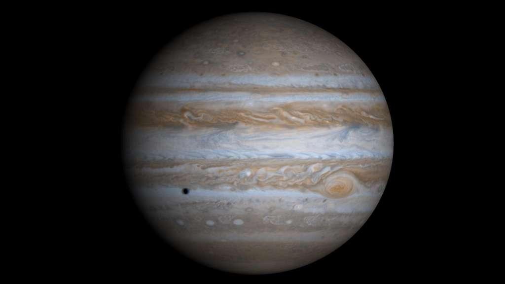 Une image réelle de Jupiter créée à partir de 4 photos prises par la sonde Cassini. © NASA/JPL/University of Arizona