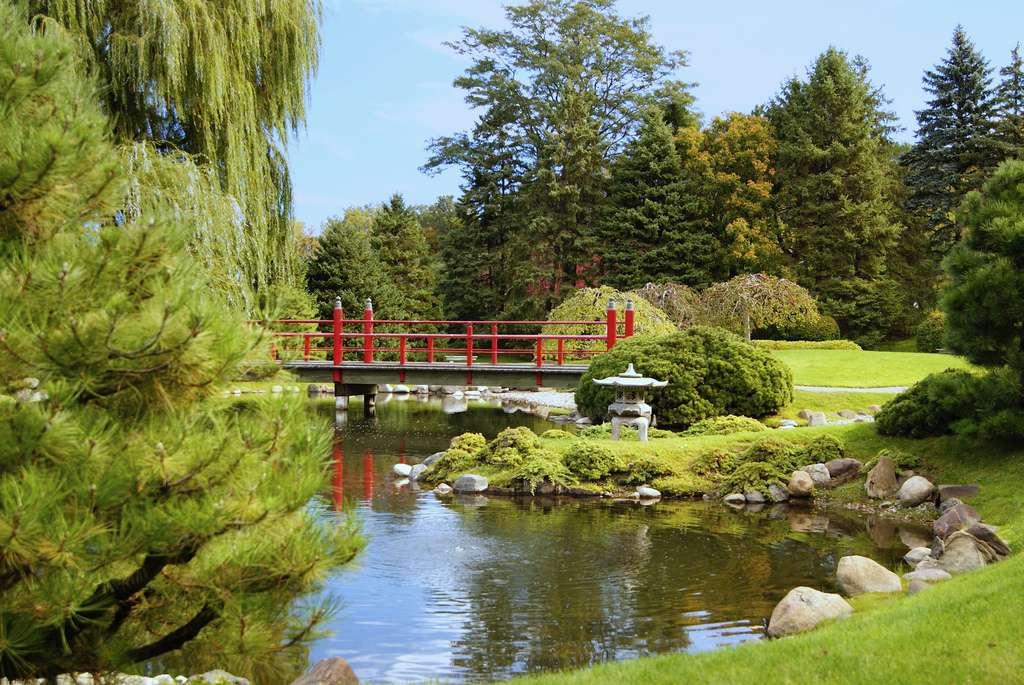 Le jardin japonais du Normandale Community College, aux États-Unis