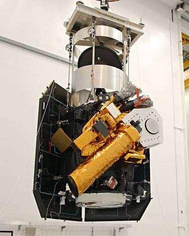 Le compartiment orbital de Deep Impact en phase finale d'assemblage à la Nasa