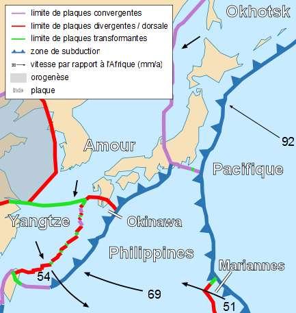 Carte schématisant les limites de plaques au large du Japon. © Sting and PP Tom, CC by-sa 2.5, Wikimedia Commons