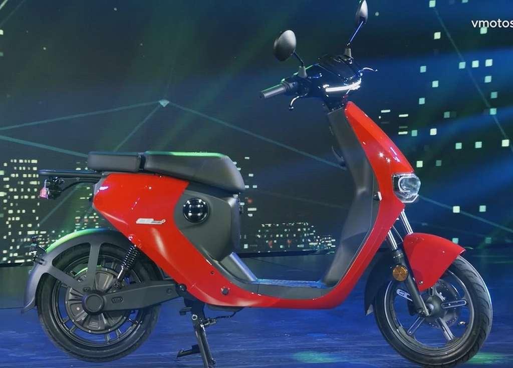 Le scooter électrique Super Soco CUMini. © Super Soco