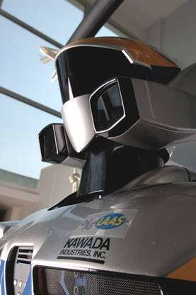 HRP2 est un robot humanoïde fabriqué par la société japonaise Kawada, il a été acquis par le CNRS avec le soutien du Club des affiliés du LAAS. © CNRS Photothèque / Perrin Emmanuel - Reproduction et utilisation interdites