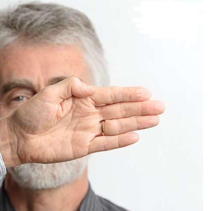 Le fait que notre cerveau privilégie les images en mouvement vous permet de faire disparaître un ami avec cette expérience. © Le Pommier