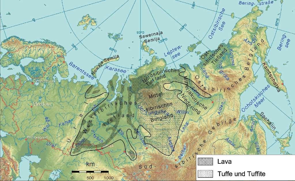 L'extension des trapps de Sibérie, s'étendant sur environ deux millions de kilomètres carrés. La carte (légendée en allemand) montre les régions où affleurent la lave (Lava), le tuf et les tuffites (Tuffe und Tuffite). © Jo Weber, CC by-nc-sa 3.0