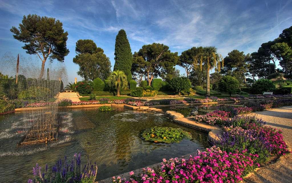 Les jardins de la villa Ephrussi de Rothschild, près de Saint-Jean-Cap-Ferrat