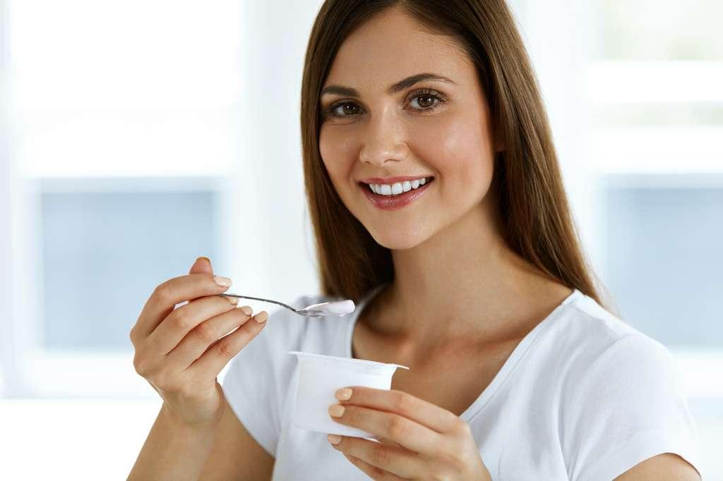 Les yaourts peuvent contenir des souches probiotiques. © puhhha, Fotolia