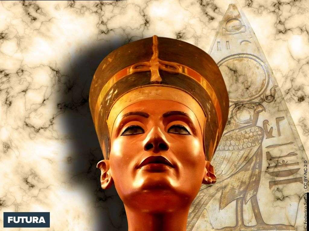 Néfertiti grande épouse royale d'Akhénaton