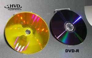 Comparaison entre un HVD et un DVD. Crédit Optware.