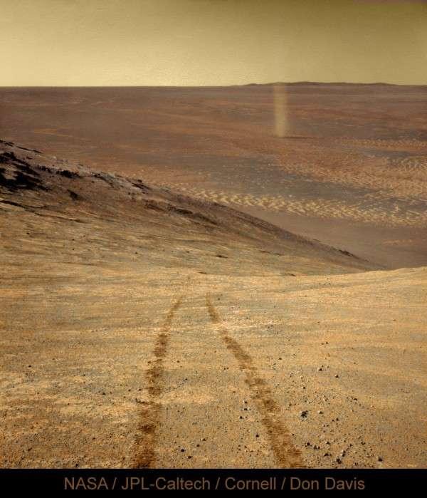 Un tourbillon de poussière surpris par le rover Opportunity en avril 2016. © Nasa, JPL, Cornell, Don Davis