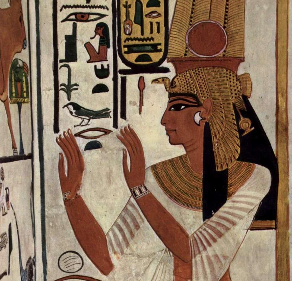 La reine Néfertari (XIIIe siècle av. J.-C.), épouse du pharaon Ramsès II, sur une des fresques murales de son tombeau. © INA