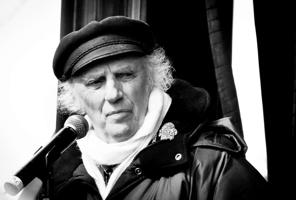 Gilles Vigneault au Jour de la Terre, à Montréal, en 2012. © Marie Berne, Flickr, cc by nc nd 2.0