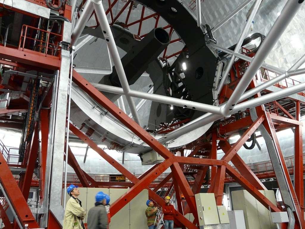 Le Grand télescope des Canaries ou GTC. Son miroir primaire mesure 10,4 mètres de diamètre. © J. B. Feldmann