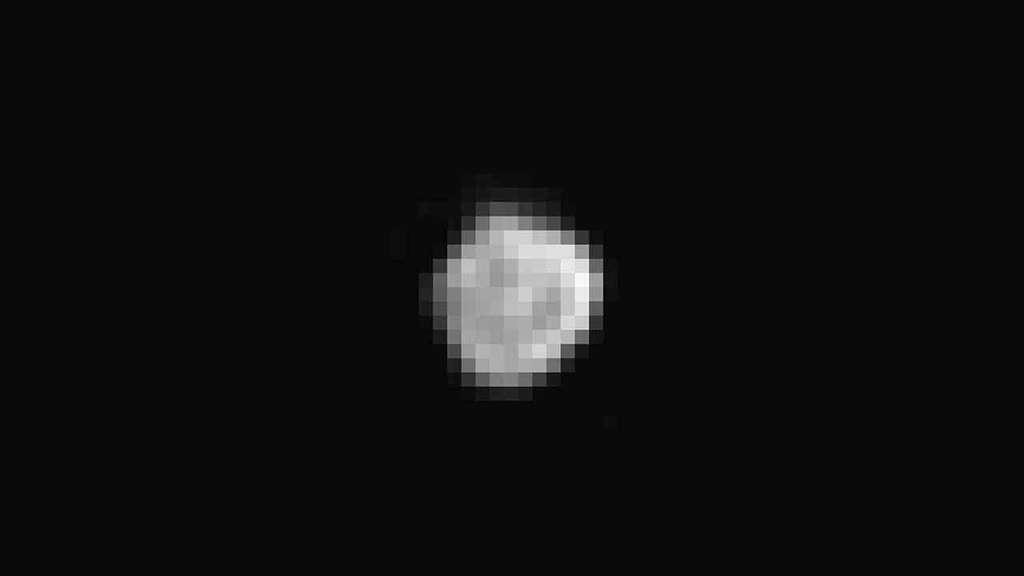Nix, troisième satellite de Pluton