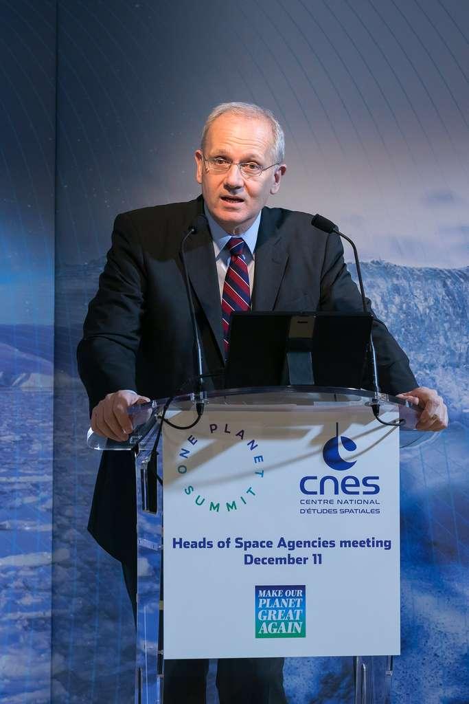 Discours de Jean-Yves Le Gall, le président du Cnes, lors du One Planet Summit qui officialisera l'Observatoire spatial du climat. © Cnes, Christophe Peus