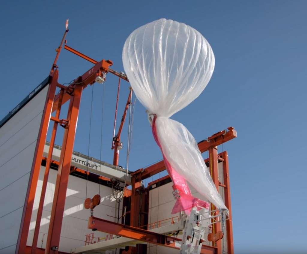 Pour déployer ses ballons, Google a développé ses propres lanceurs automatiques qui peuvent envoyer un loon toutes les 30 minutes. © X.company