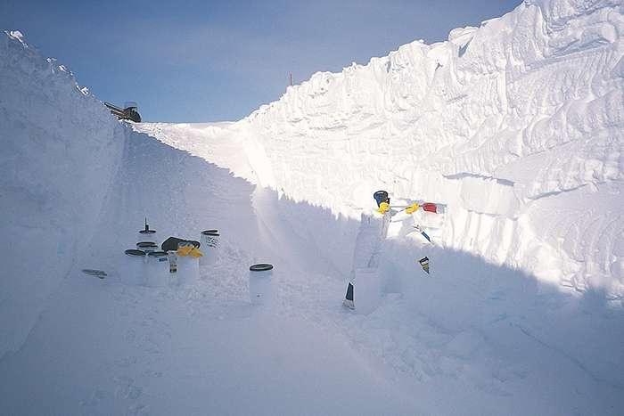 Les chercheurs ont collecté des micrométéorites dans les régions centrales de l'Antarctique pendant une vingtaine d'années. © Jean Duprat, Cécile Engrand, CNRS Photothèquemicro