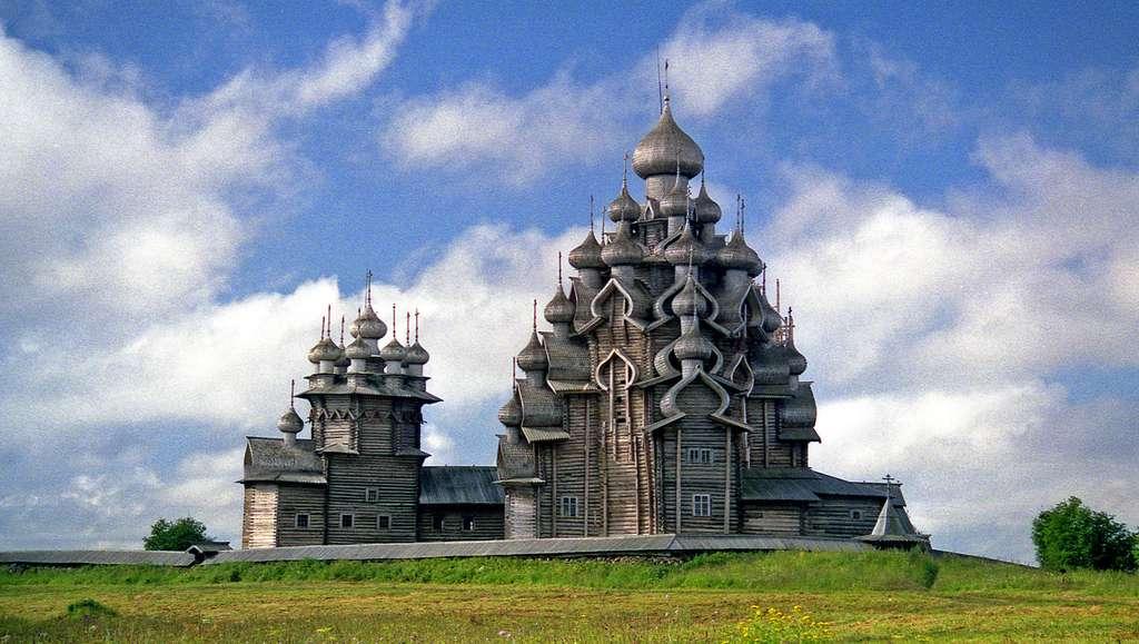 Le pogost de Kiji, les magnifiques églises russes