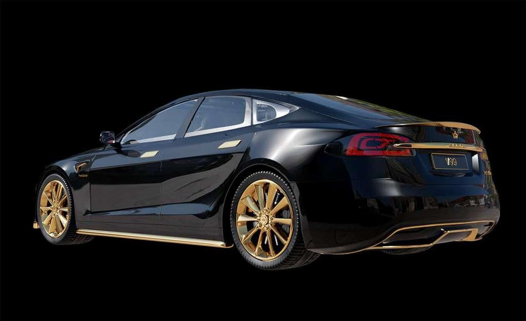 El Tesla Model Excellence 24K.  © Caviar